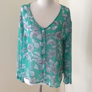 New! A new day large green floral sheer blouse.